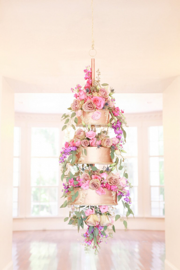 3-tier-hanging-cake-from-a-berry-hued-wedding-inspiration