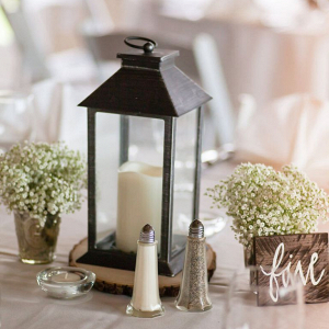 Rustic-Lakeside-Wedding-reception-table-decor
