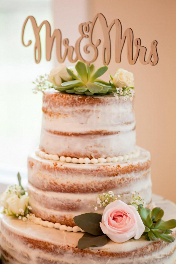 Rustic-Lakeside-Wedding-naked-cake-with-large-mr-mrs-topper