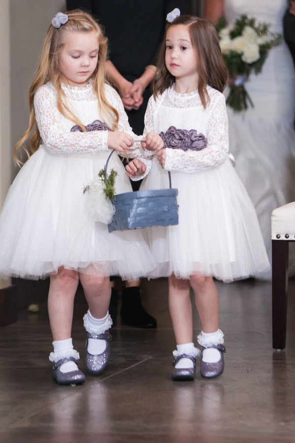Rustic-Ranch-Texas-Wedding-adorable-flower-girls-in-white-dresses