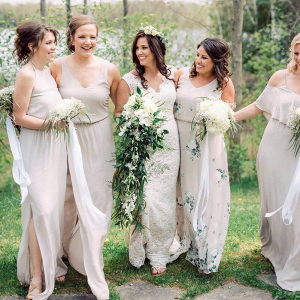 Vintage-Boho-Inspired-Barn-Wedding-Neutral-colored-bridesmaids