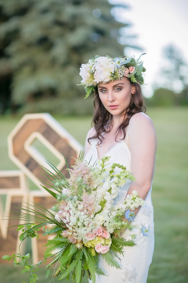 Wanderlust-Romantic-Wedding-floral crown