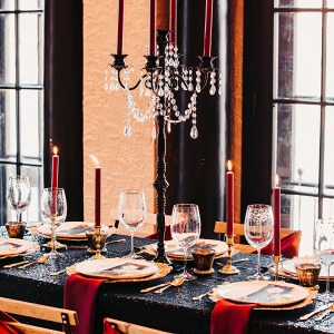 Dramatic black and red wedding table