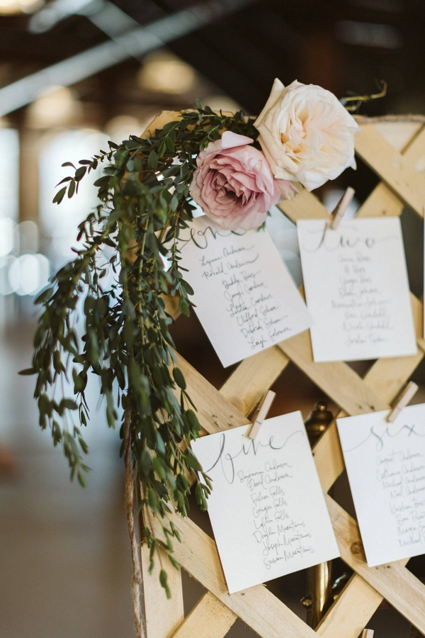 Trellis escort card display