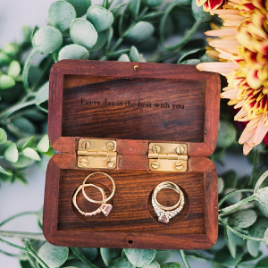Wooden box ring holder