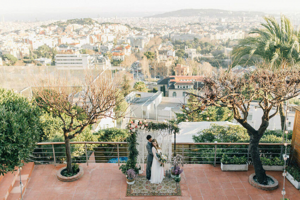 Let's Bee Together - barcelona elopement – joana & gonzalo