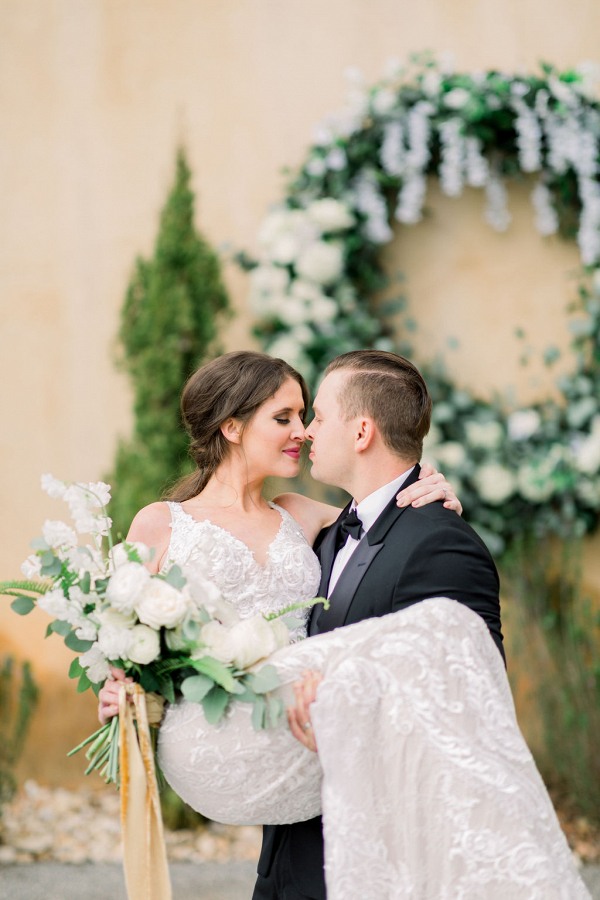 Let's Bee Together - tuscan styled shoot
