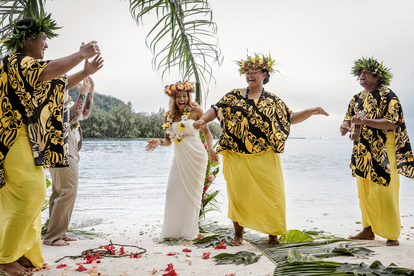 Traditional Tahitian ceremony