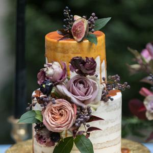 Drip wedding cake