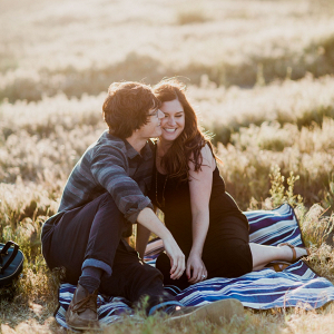 Picnic engagement session