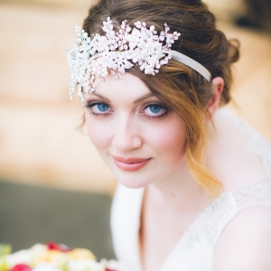 Smoky eye bridal beauty look