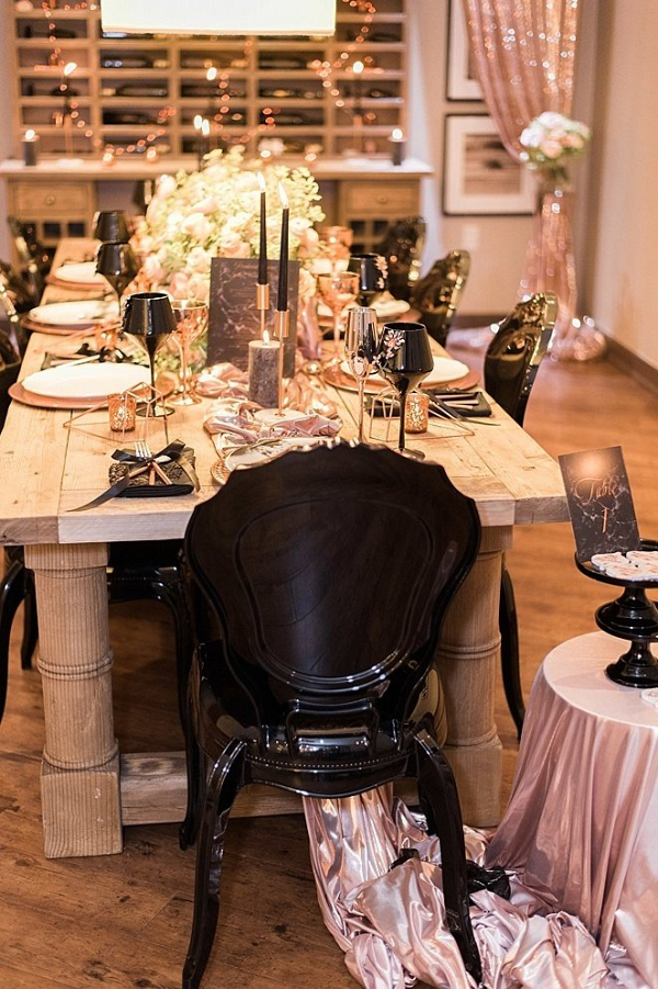 Metallic and black tablescape