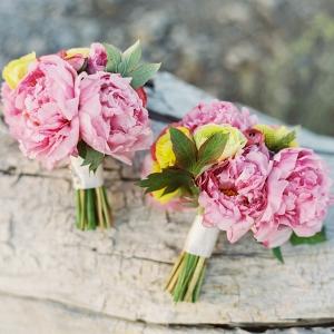 peony-ranunculus-bridal-bouquet