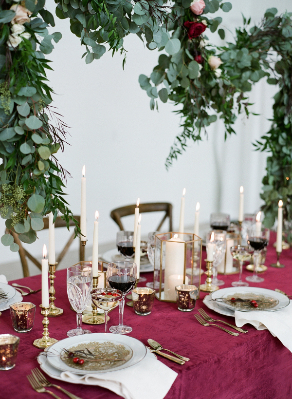 Elegant red and gold tablescape