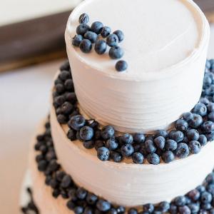 Blueberry wedding cake