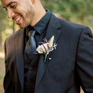 Natural grasses wedding boutonniere