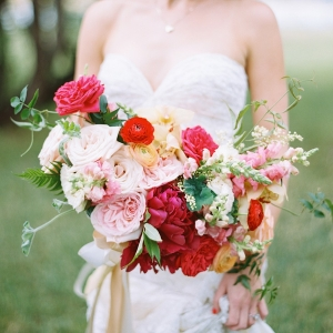 Pink, blush and pale yellow unstructured bouquet