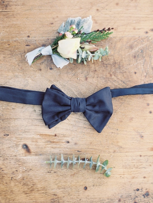 Rose boutonnière and navy bow tie | Christie Graham Photography