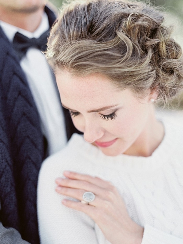 Cozy Cable Knit Winter Wedding Inspiration in the Mountains | Christie Graham photography