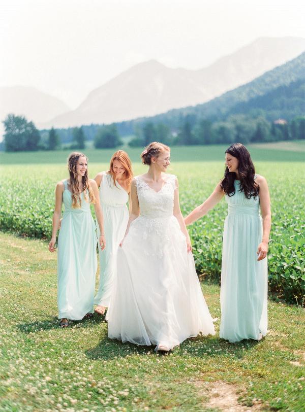 Mint green bridal party