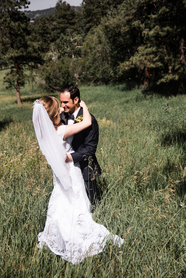Heartfelt outdoor Colorado wedding with sunflowers