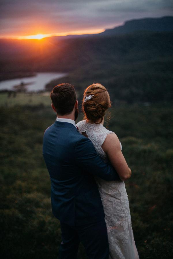 Jewel toned Australian countryside wedding