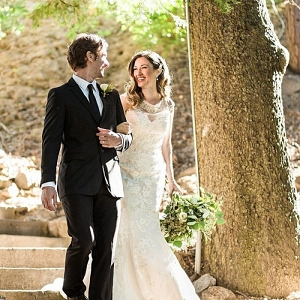 Elegant bride and groom | California Winter Wedding Inspiration