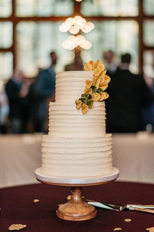 Fall wedding cake on Mountainside Bride