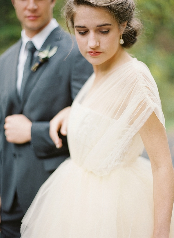 Bride in ivory tulle gown on Mountainside Bride