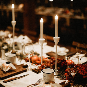 Rustic romantic reception decor