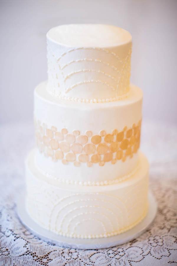 Flapper dress inspired vintage wedding cake