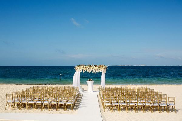 Elegant Mexico beach wedding