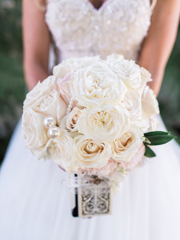 Monochromatic wedding bouquet