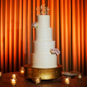 Simple 4-tier wedding cake