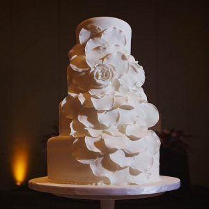 Monochrome floral wedding cake