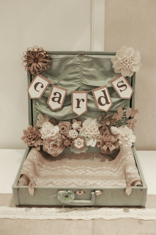 DIY shabby chic wedding card box