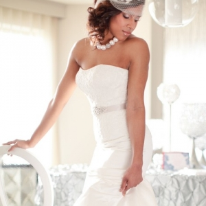 Modern bride with blue heels