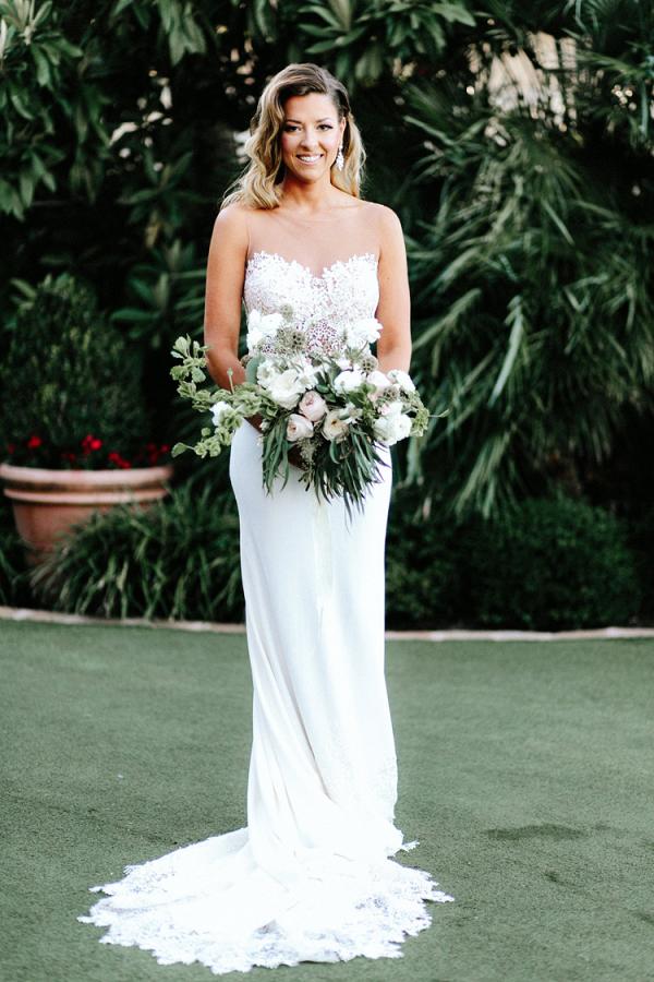 Romantic modern bridal style
