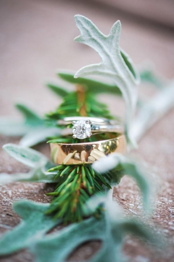 Beautiful round engagement ring