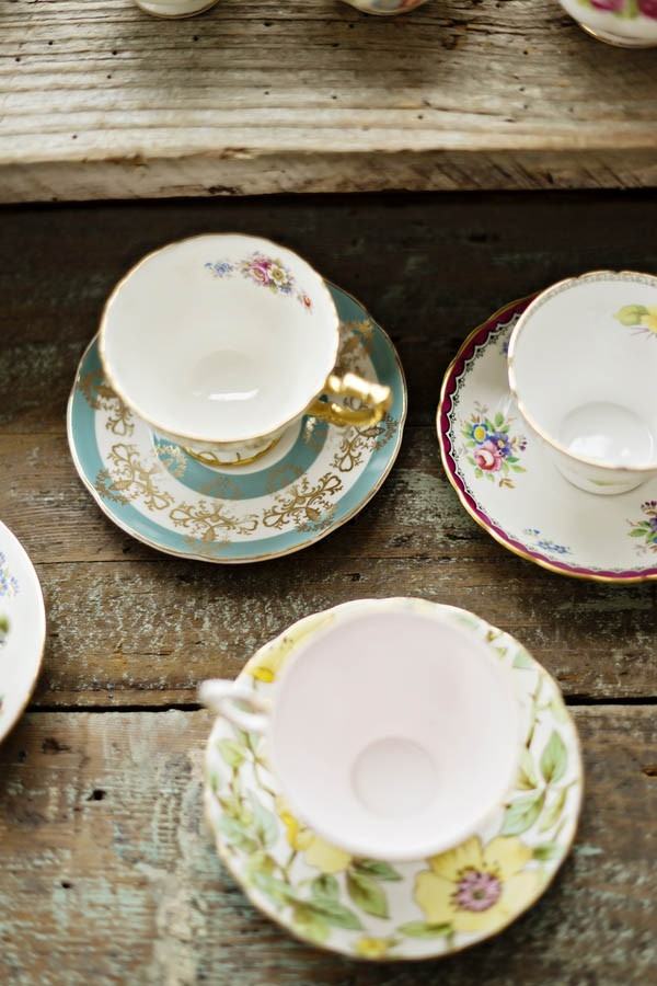 Vintage teacups and saucers