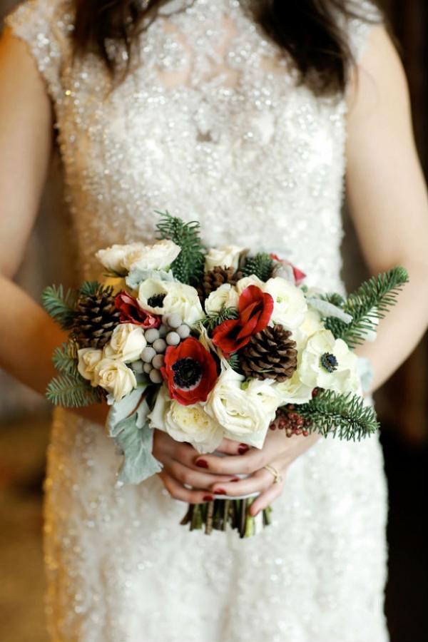 Winter wedding bouquet