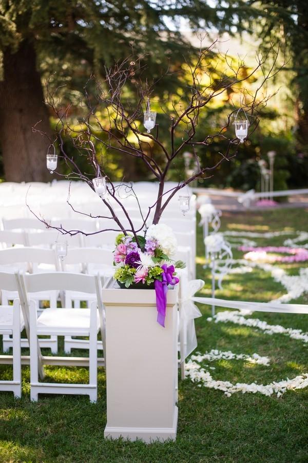 Elegant manzanita ceremony decor