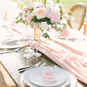 Blush wedding table