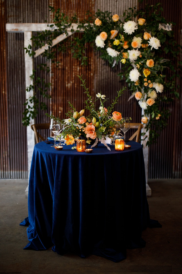 Orange and blue sweetheart table