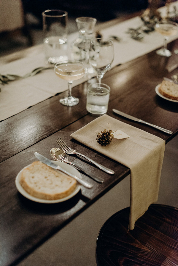 Simple fall wedding place setting