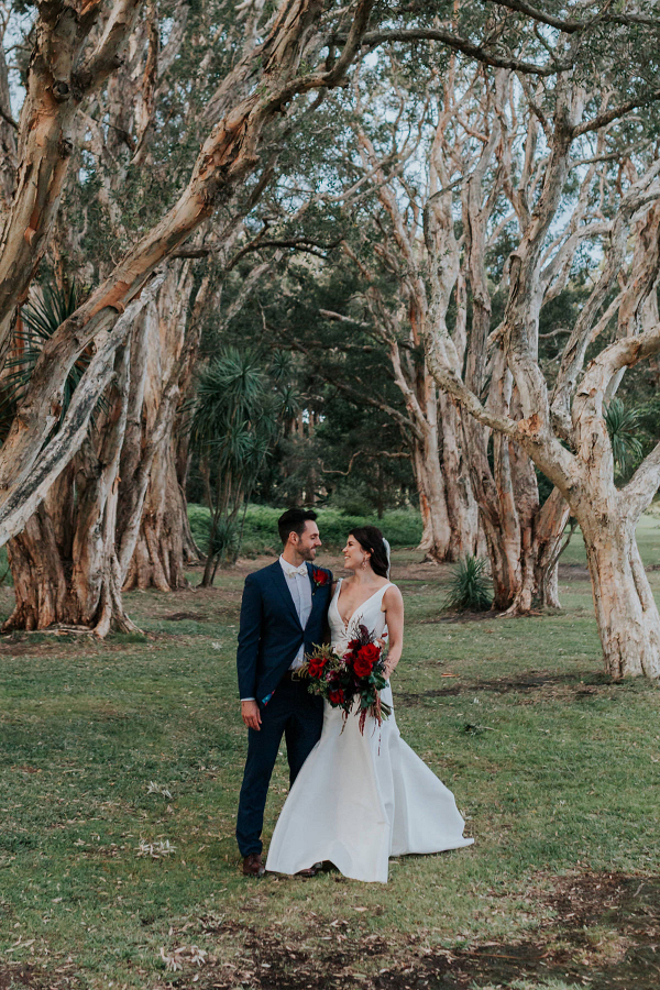 142763-classic-rustic-sydney-wedding-by-kristie-carrick-photography