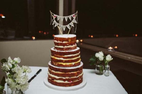 CosNaked Wedding Cake