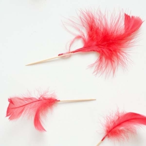 How To Make A Cupid's Arrow Cupcake Topper