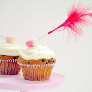 Cupid's Arrow Cupcake Topper Tutorial