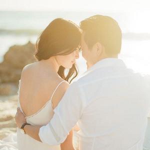 Golden Sunlit Engagement Photo